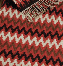 Learn how to weave this handwoven Scandinavian rug in this free ebook.