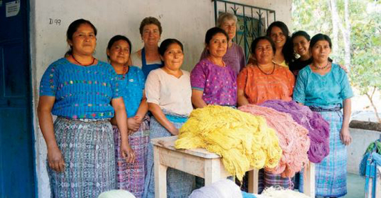 The Women of Tintes Naturales