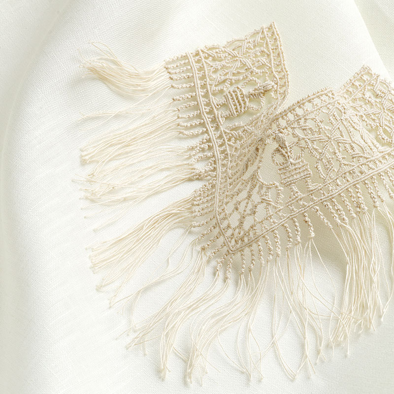 Macramé lace. Linen. Genoa, Italy. Circa 1915. Collection of Armida L. Taylor. Photo by Joe Coca.